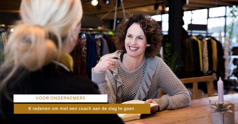 Jolanda in een coach gesprek met een klant